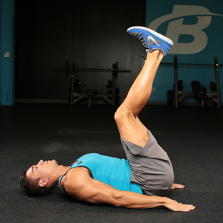 exercitii abdomen crunch