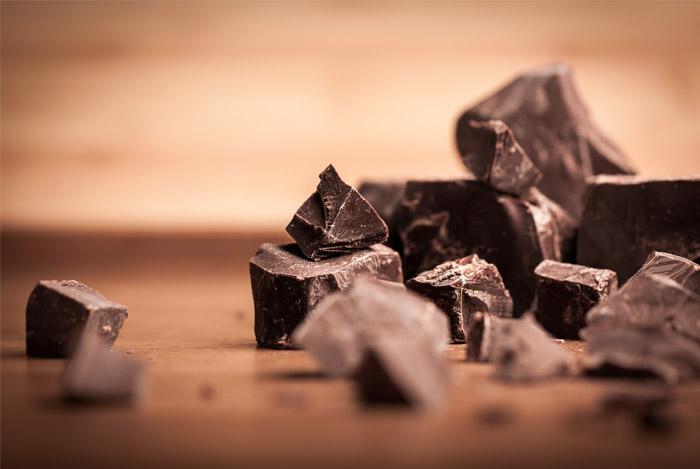 crumbled-dark-chocolate