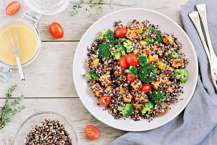 Cum să Mănânci Mai Multe Proteine