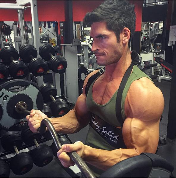7 Moduri prin care Poți Accelera Creșterea Masei Musculare